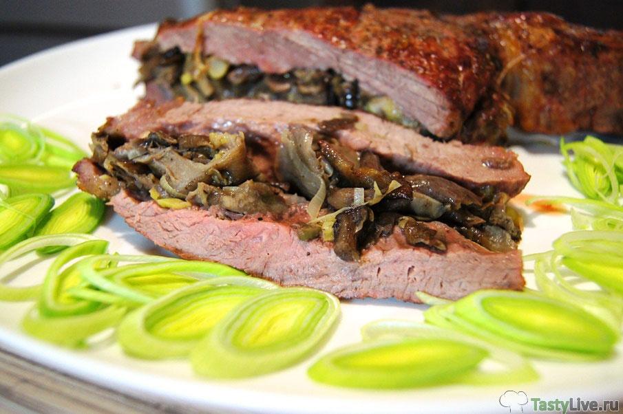 говяжий стейк с грибами