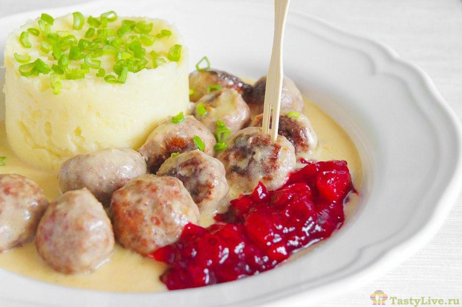 Как приготовить фрикадельки по-шведски
