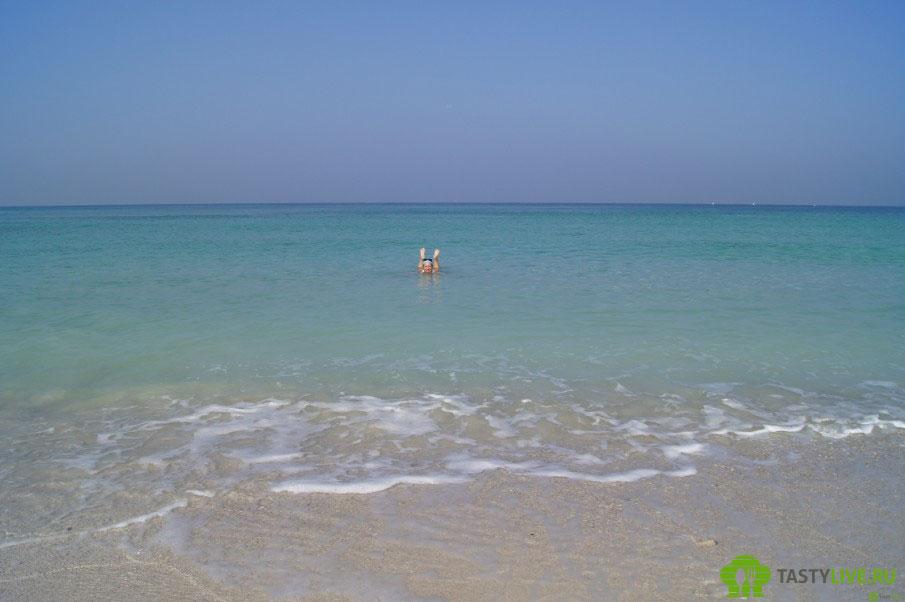 Пляж в BeachMotel
